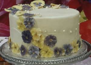 Wouldn't a cake adorned with edible pansies like this one be fantastic for a special occasion?